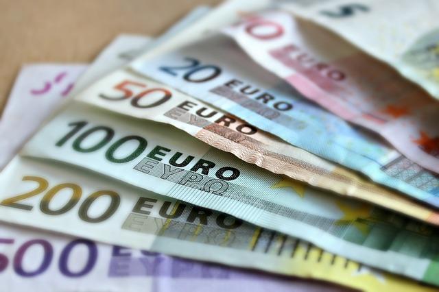 bankovky Eura různé hodnoty