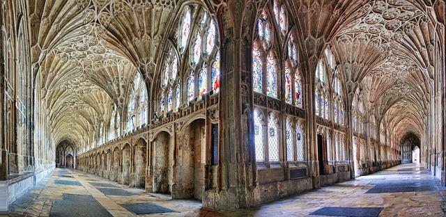 chodba katedrály