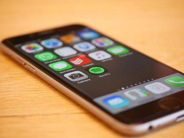 Moderní, telefon, dotykový